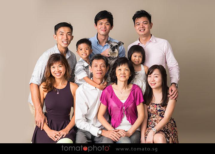 Family_portrait_Singapore